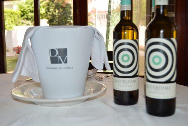 1 plato, 1 vino. Recuérdame, Dominio de la Vega